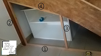 placard2 - Réaliser facilement un placard sous escalier - DIY
