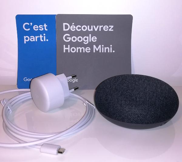Google Home Mini gris : contenu de la boite