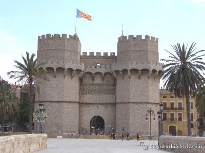 Tours Serranos Valence e1589381366379 - Visiter Valence en 1 jour - Que faire et voir ?