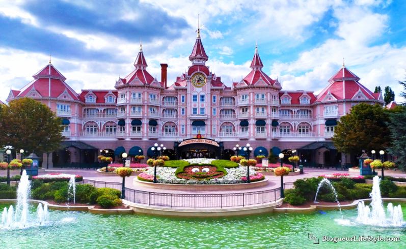 Entrée Disneyland Paris et Mickey